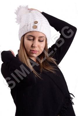 Дамска плетена шапка