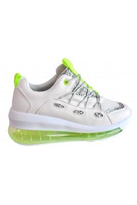 Дамски спортни обувки